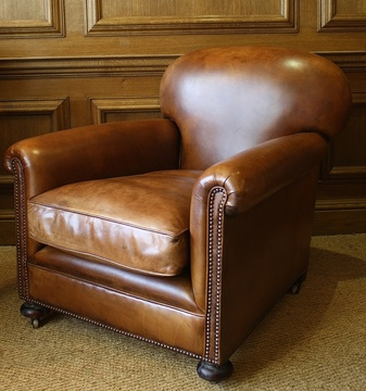 Leather chairs of bath chelsea design quarter classic for Classic reproduction furniture