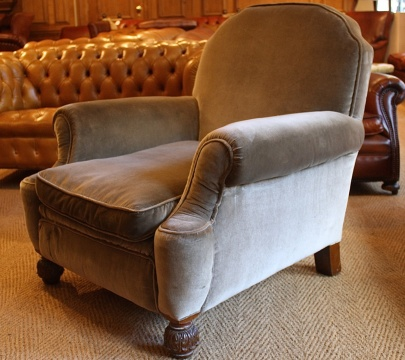 Large Club Chair - for restoration !