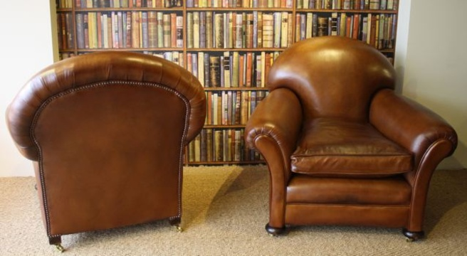 1920 s 30 s classic tan pair of leather club chairs leather chairs