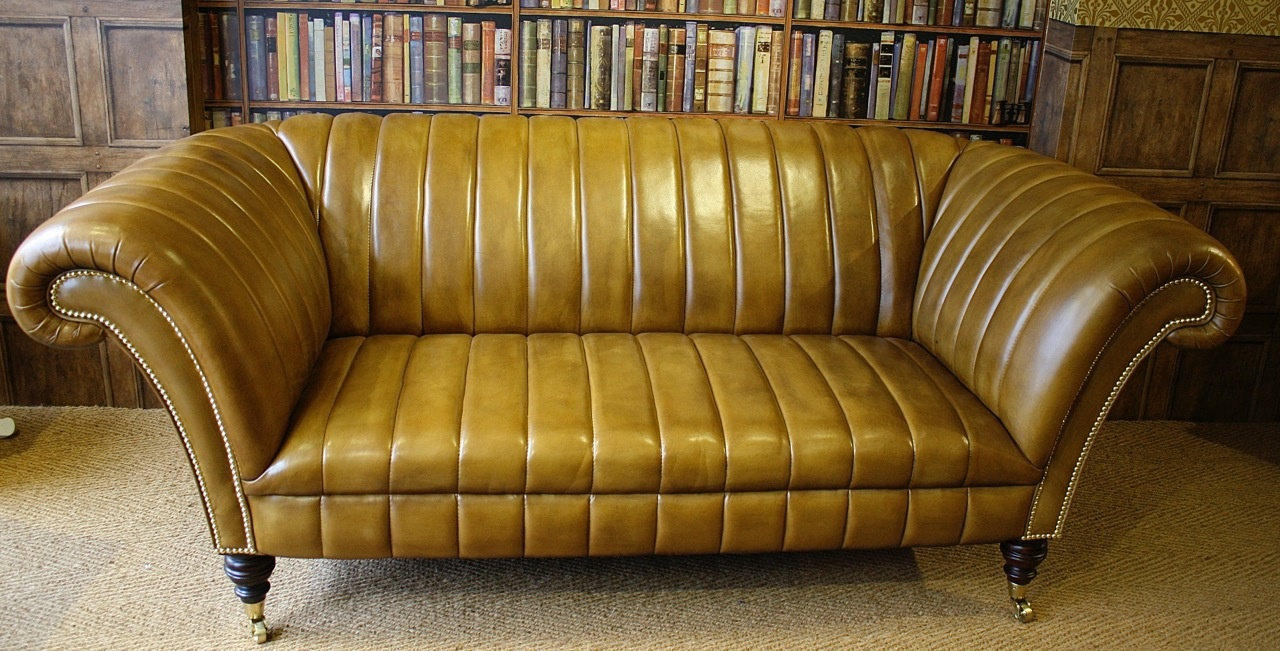 Leather chairs of bath chelsea design quarter fluted for Sofa zeichnung