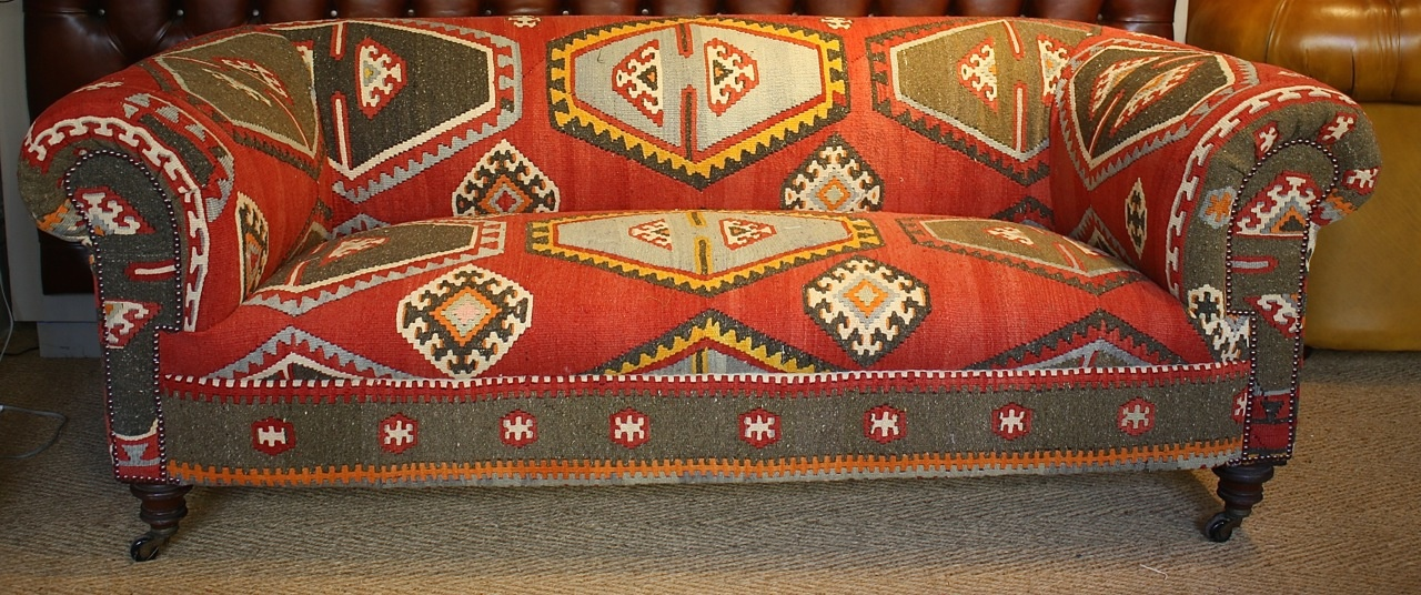 Attirant Kilim Upholstered 19th Century Chesterfield Sofa ...