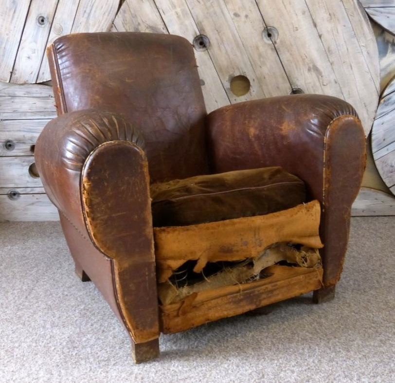 Antique french leather cigar chair leather chairs of bath for Antique leather chairs