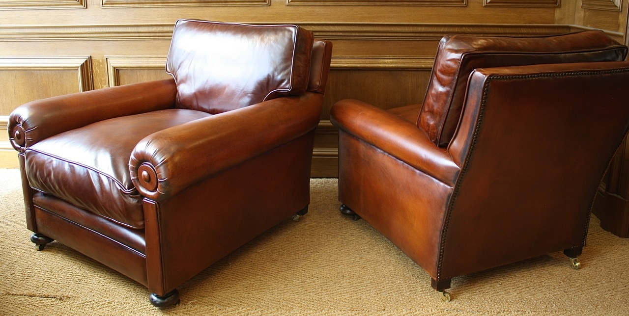 Pair Of Antique Leather Club Chairs ...