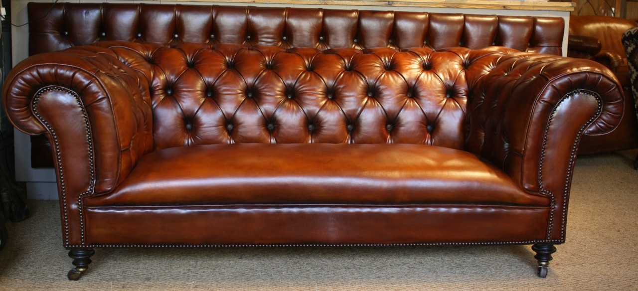 English Iconic Leather Chesterfield