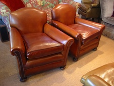 A Leather Chairs of Bath classic !